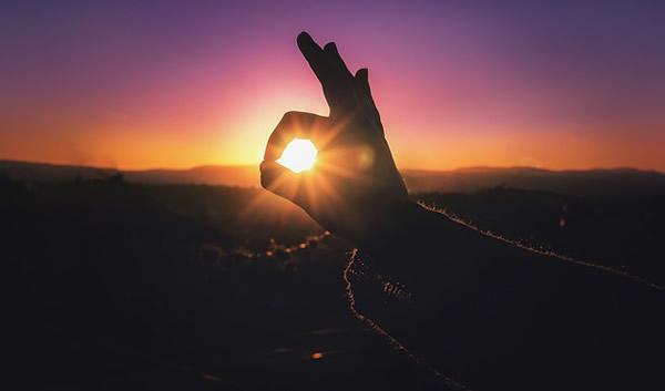 ストレス発散には瞑想による「マインドフルネス」が効果的と聞いてやってみた結果・・