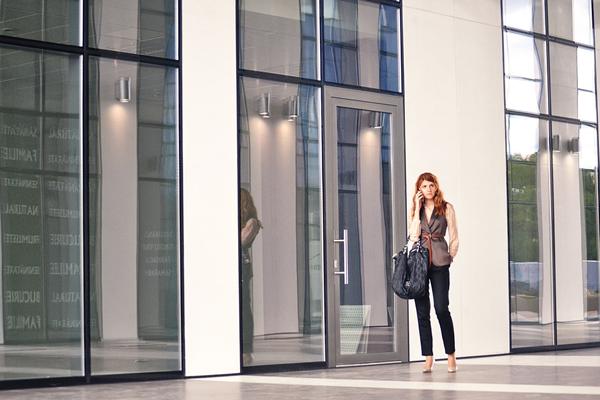 出会いを求めて転職?出会いがある職場への転職が婚活成功の最も近道な理由とは?